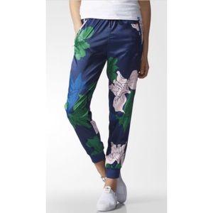 ADIDAS Blue Sweat Flower Jogger Pants L